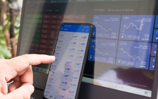 How Can Smart Investing In the Stock Market Help Realize Some Financial Goals?